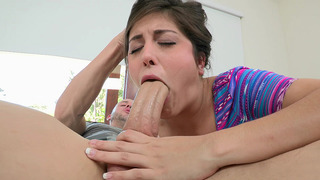 19 years old girl_Natalie Monroe works her mouth all over his shaft Preview Image