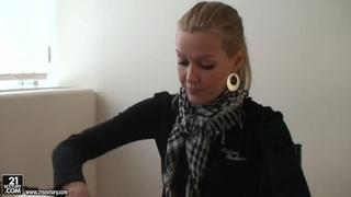 Blonde pornstar Sophie Moone gets some nasty presents Preview Image