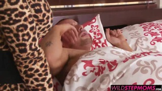 Lisa Ann gave the lucky girl a hands on_step mom sex lesson Preview Image