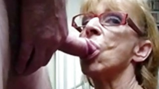 OmaFotze Old Grannies sucking dick hard Preview Image