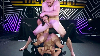 Kelsi Monroe and Diamond Kitty in a nasty atogm threesome Preview Image