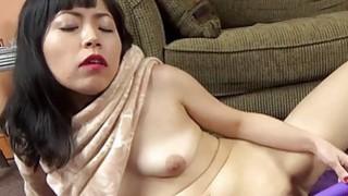 Yuka Ozaki make her wet pussy cum hard Preview Image