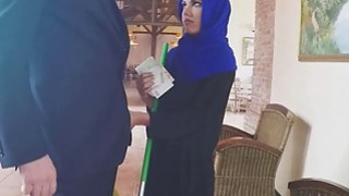 This arab woman comes in for bed and was banged by my boss Preview Image