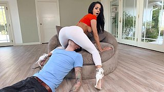 Voluptuous brunette fucked Preview Image