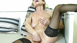 EuropeMaturE Sexy Granny Ivana_Solo Fingering Preview Image