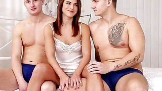 Beautiful babe Pola gets fucked_hard by_two hard cocks Preview Image