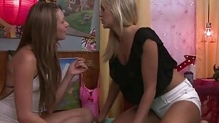 Hot lesbian Scarlet Red licking Kirstens wet pussy Preview Image