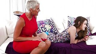 Teen fingers and_eats stepmoms cunt Preview Image
