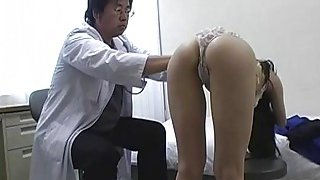 Subtitles_Japanese_schoolgirls_group_medical_exam Preview Image