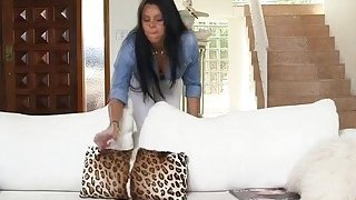 MILF Diamond Kitty joins stepdaughter_Ada Sanchez and BF into threesome Preview Image