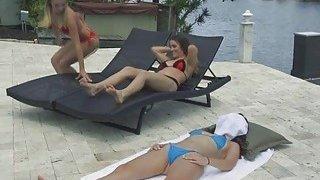 Hot threeway_with_bikini besties Preview Image