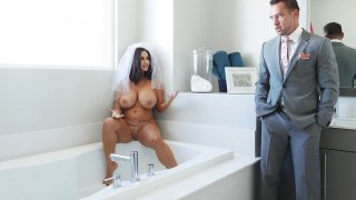 Ava Addams plays wit her pussy in the bathtub before her wedding Preview Image