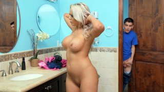 Julie Cash Tries Anonymous Sex With BBC - Gloryhole Preview Image