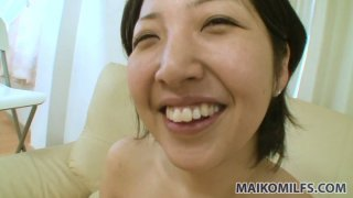 Pink dildo and tough doggy what Japanese chick Emi Ishibashi wants Preview Image