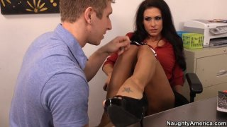 Having pussy licked Jessica Jaymes_starts providing boobfuck Preview Image