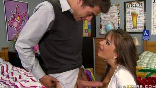 Fleshly whore Nika Noire seduces a guy and gives him a passionate blowjob Preview Image