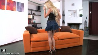pfistererixosila Mp4 clips | Marvelous beauty sophie moone poses on a cam and strips seductively Preview Image