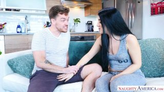 Jessica Jewels Fucks Her Friends Brother Preview Image