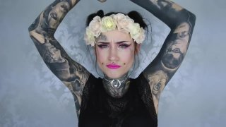 ayak fetisi » Pierced cheeks dimple - armpit-tattoos Preview Image