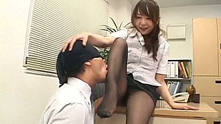 Japanese secretary in pantyhose gets it on a desk Preview Image