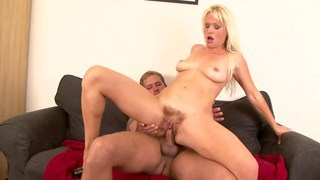Vintage muff_on MILF pussy Preview Image