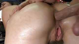 Bitch begins groaning as she reaches hawt orgasms Preview Image
