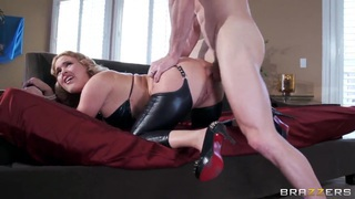 Buld fucker Johnny Sins_is anal fucking hot_blonde Krissy Lynn! Preview Image