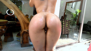 Nikki_Lima_plays_with_her_perfect_ass_and_gets_oiled_up Preview Image