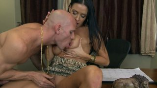 Voracious Vanilla Deville likes_to have the best oral service for her cunt Preview Image