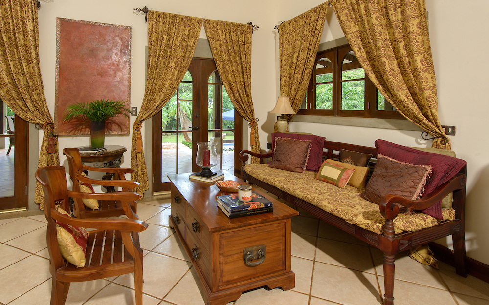 Luxury Spanish Style Home For Sale In North Pacific Area
