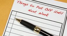 To do list with pen and note pad