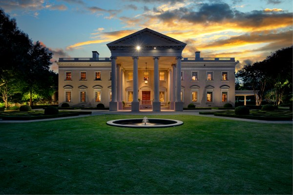 Luxury And Travel Hub: Daily Dream Home: The Dallas White ...