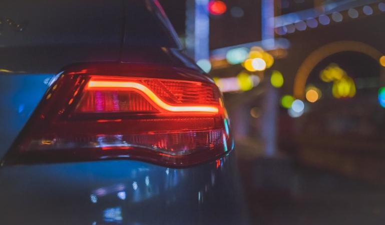 Multas por mala utilización de las luces del vehículo