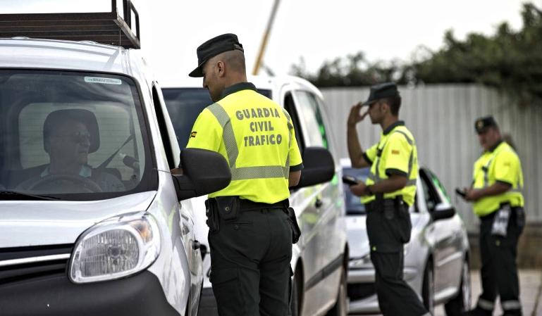 Guardias civiles en la reserva: ¿futuros examinadores del carné?