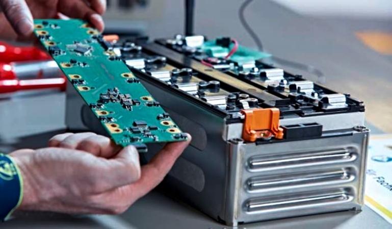 Trucos para el cuidado de la batería de un coche eléctrico