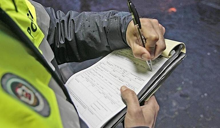 Cómo gestionar una sanción de tráfico sin descuento y con recargo