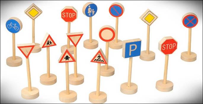 Cataluña se plantea señales de tráfico bilingües