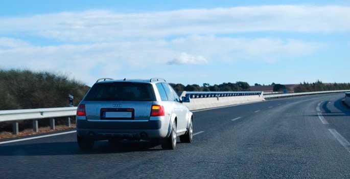 El control en multas para los que circulen por el carril izquierdo