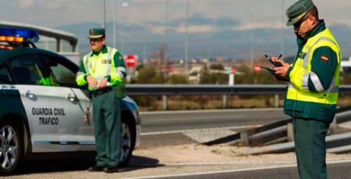 Los agentes escogen los controles completos para conductores