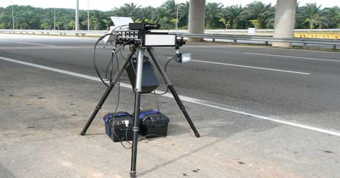 La promesa incumplida de Tráfico con los radares móviles