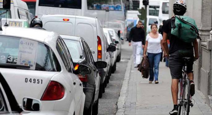 Madrid intensifica las multas al circular por aceras en bicicletas