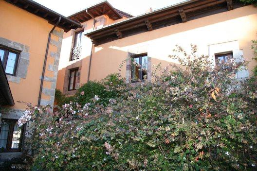 Casas rurales y apartamentos en potes. Apartamentos Villa De Potes - Potes - Cantabria