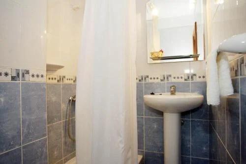 Reserva fácil, rápido y garantiza tu habitación en el apartamentos. Apartamentos Rocamar - Santa Cruz De La Palma - La Palma