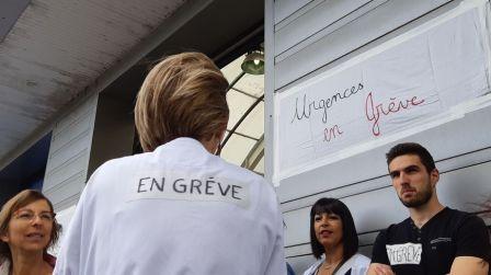 grève aux urgences à l'hôpital de Laval