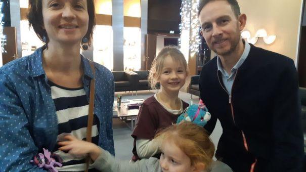 Aline et Richard ont préparé leurs deux filles pour cet accueil de jeunes migrants.