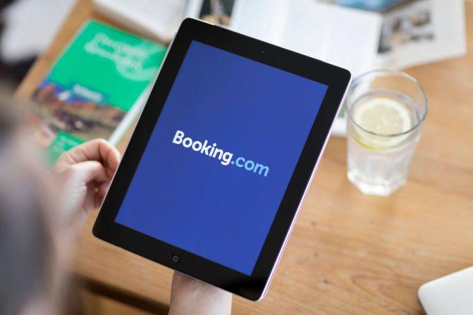 Pour nombre d'hôteliers en France, Booking.com est trop gourmand sur les commissions prélevées, autour de 17% du prix de la réservation.