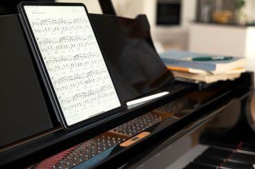 L'application doit permettre aux musiciens de lire plus facilement des partitions sur l'écran de leur tablette ou smartphone