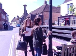 Surveying pollution levels by sampling street furniture