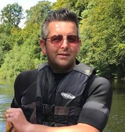 Simon Brown : Managing Director