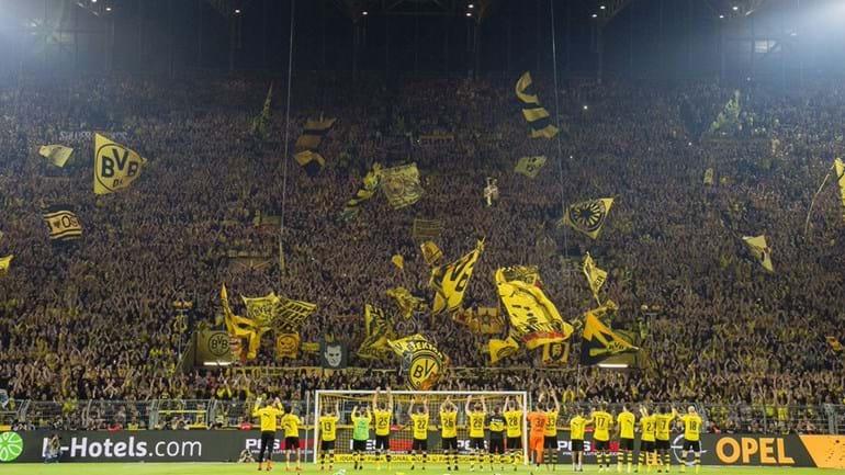 Borussia Dortmund: «O único muro em que acreditamos»